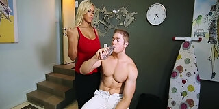sex tips from the stepmom with hope howell